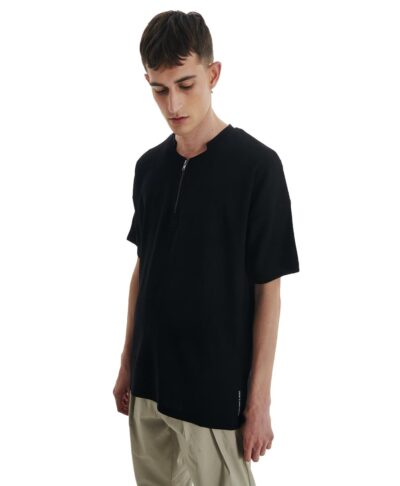p/coc summer 2021 maurh black mplouza t-shirt me fermouar sth laimokopsh regular fit