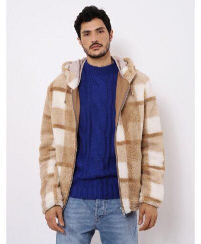 beige mpez karo xontro me xnoudi gouna italiko jacket mpoufan karo chequered pattern